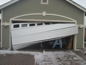garage-door-crashed-repair-service-norman-ok